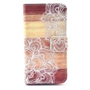 Wallet Leather Cover Bracket for iPhone 4 4s - Tribal Flowers