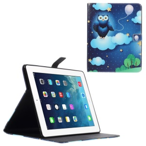 Leather Wallet Cover for iPad 2 / 3 / 4 with Stand - Owl Holding the Balloon