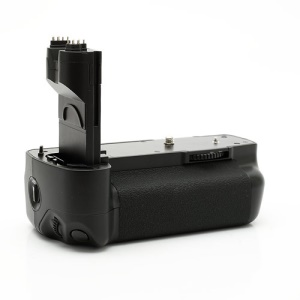 Canon BG-E6 Battery Grip for 5D Mark II Digital EOS (Retail Package)