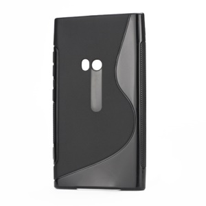 S Shape TPU Gel Back Case for Nokia Lumia 920 - Black