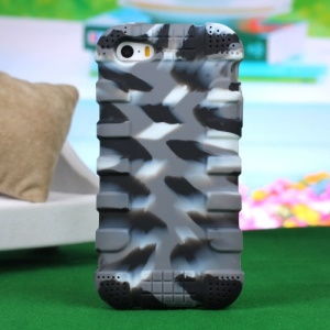 Impact-resistant Silicone Back Case for iPhone 4s 4 - Camouflage Dark Gray