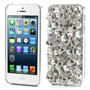 Sparkling Punk Metallic Skull Heads Rhinestone Case for iPhone 5 - Silver