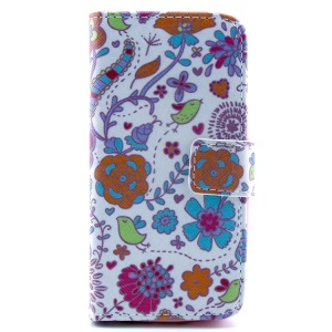 Multiple Flowers Pattern Magnetic Wallet  PU Leather Cover  w/ Stand for iPhone 5c