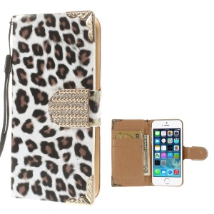 Leopard Pattern Diamond Magnetic Closure Leather Case for iPhone 5s 5 w/ Card Slot - White