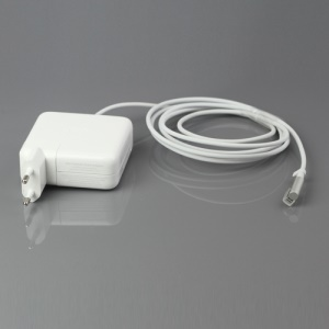 Apple 60W MagSafe AC Power Adapter for MacBook and 13-inch MacBook Pro - EU Plug