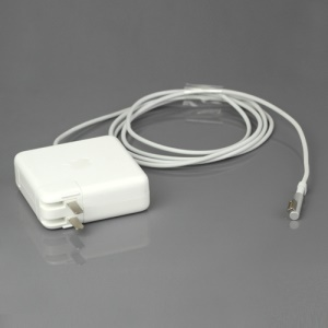 Apple 85W AC MagSafe Power Adapter for MacBook Pro 15-inch and 17-inch - US Plug