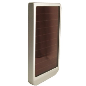 Solar Powered Battery charger for Mobile phone Camera PDA MP3 MP4 (2600mAh)