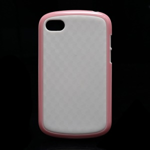 Cube Pattern TPU and Plastic Hybrid Case Shell for BlackBerry Q10 - White / Pink