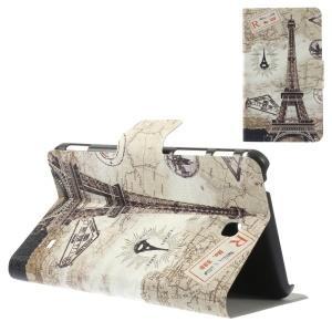 Eiffel Tower & World Map