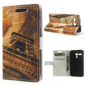 Maple Leaves & Eiffel Tower Leather Protective Case w/ Stand for Motorola Moto G DVX XT1032
