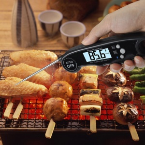 Instant Read Thermometer Waterproof Digital Meat Thermometer with Backlight and Calibration Functions