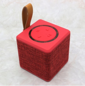NR1016 Square Shaped Cloth Surface Mini Bluetooth 2.1 Rechargeable Wireless Bluetooth Speaker Support TF Card/FM - Red