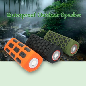 S777 2-dentro-1 IP64 10W Waterproof Bluetooth Speaker + 7000mde ampere-hour poder banco - negro