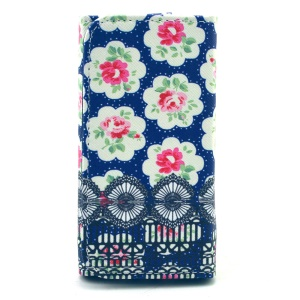 Pretty Roses Leather Pouch Case for iPhone 6 6s / Samsung I9260 / Huawei P6, Size: 13.8 x 7 x 1.5cm