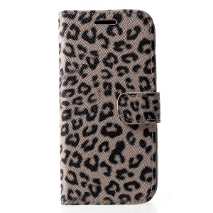 Leopard Pattern Wallet Stand Leather Phone Cover for iPhone XR 6.1 inch - Beige