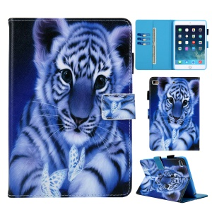 Patterned Wallet Leather Tablet Case with Stand for iPad 9.7 (2018)/9.7 (2017)/Air 2/Air - Tiger and Butterfly