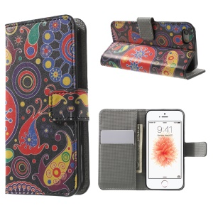 Leather Wallet Stand Case for iPhone SE/5s/5 - Paisley Pattern