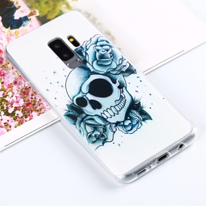 Roses and Skull Pattern