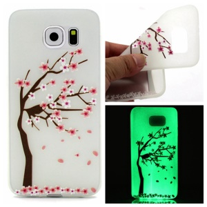 Noctilucent TPU Gel Phone Shell for Samsung Galaxy S7 edge - Blooming Plum Blossom