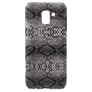For Samsung Galaxy J6 (2018) Leather Coated Plastic Mobile Casing - Snake Texture