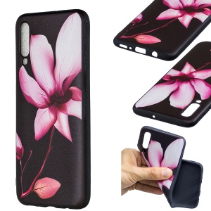 Embossment Patterned TPU Case Accessory for Samsung Galaxy A70 - Pretty Flower
