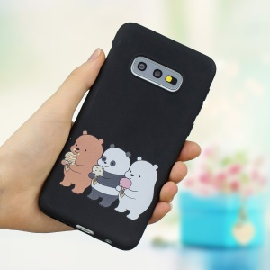 For Samsung Galaxy S10e Embossing Pattern Matte TPU Phone Case Cover - Black/Bears