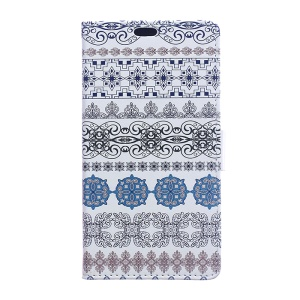 For LG K10 (2017) Magnetic Flip Leather Wallet Mobile Casing - Arabic Floral Pattern