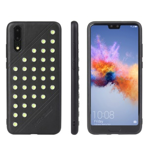 FIERRE SHANN Crazy Horse Texture Rivet PU Leather Coated TPU Case for Huawei P20 - Black