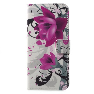 Patterned PU Leather Wallet Stand Protective Cell Phone Cover for Motorola Moto G6 - Blossoming Flower