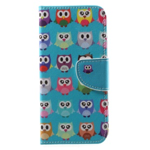 Patterned PU Leather Wallet Stand Phone Case for Motorola Moto G6 - A Group of Owls Green Background
