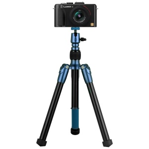 MOMAX Tripod Hero DSLR Camera Light Weight Aluminum Tripod with Universal Smartphone Clamp - Blue