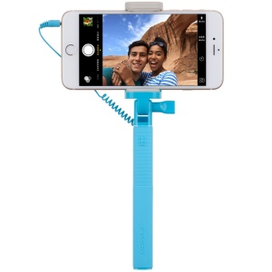 MOMAX Selfie Mini Mini 3.5mm Audio Cable Extendable Handheld Stick - Blue