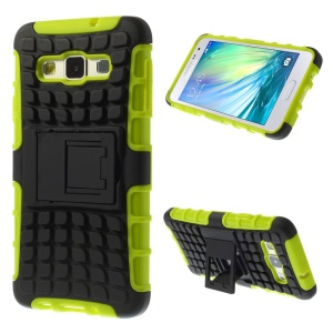 Anti-slip PC and TPU Combo Cover for Samsung Galaxy A3 SM-A300F with Kickstand - Green
