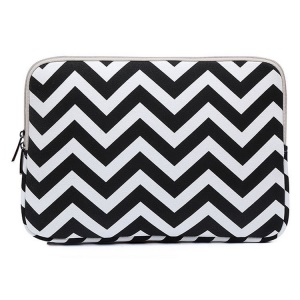 Chevron Pattern Notebook Sleeve Bag for MacBook Pro 13-inch (2016) etc., Size: 34.5 x 24 x 1.5cm - Black
