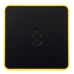 Y854 LTE Worldwide Use Full Frequency 4G Wi-Fi Router + Power Bank 5150mAh