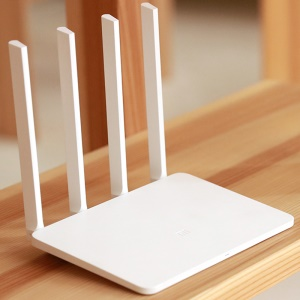 Xiaomi Mi WiFi Routeur 3 1167Mbps Dual Band 128MB Flash ROM 4 Antennes