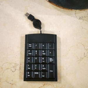 Retractable USB Numeric Keyboard 19-keys Num Pad Wired Number Keypad