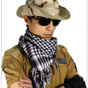 Military Tactical Arabian Scarf For Wargame Sports & Other Outdoor Activities - Black / White