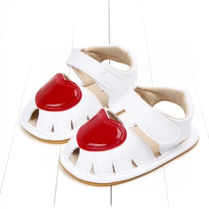 Heart Pattern Lovely Girls Baby Shoes PU Leather Beach Sandals Shoes - White / Size: 11
