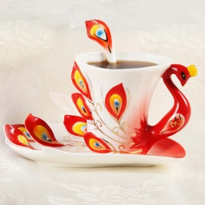 Creative 3D Color Peacock Ceramic Latte Cup Set with Saucer and Spoon - Red