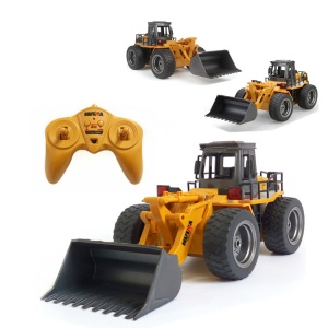 520 6 Channel Remote Control Alloy Bulldozer RC Car Model Toy with LED Light
