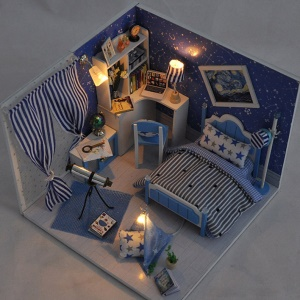 DIY Assembled Wooden Starry Sky Dollhouse Kids Toy with LED Light Dust Cover