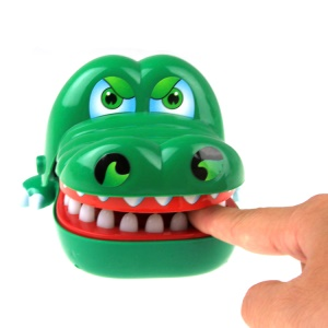 COOLPLAY Prank Toy Bite Finger Interactive Board Game Tricky Toy for Adults and Kids - Crocodile