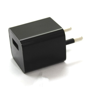 M1 1080P FHD Pinhole Hidden Camera 8GB USB Wall Charger - EU Plug