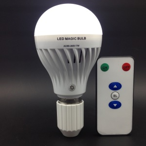 7W E27 LED Magic Bulb Rechargeable Emergency Light with Remote Control