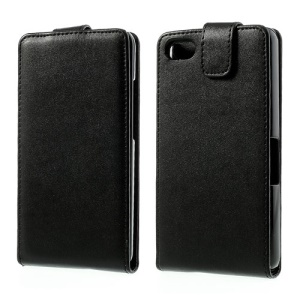 Classic Vertical Flip Leather Case for BlackBerry Aristo Z30 A10