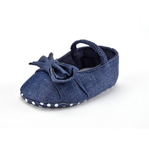 Indoor Denim Baby Shoes Anti-slip Prewalker Shoes with Elastic Closure & Bowknot - Length: 12cm