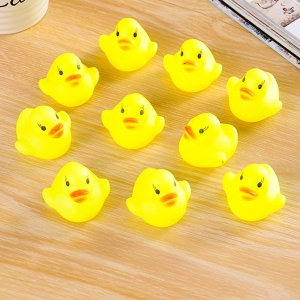 10Pcs/Set Mini Rubber Squeaky Float Duck Baby Bathing Bath Tub Toys